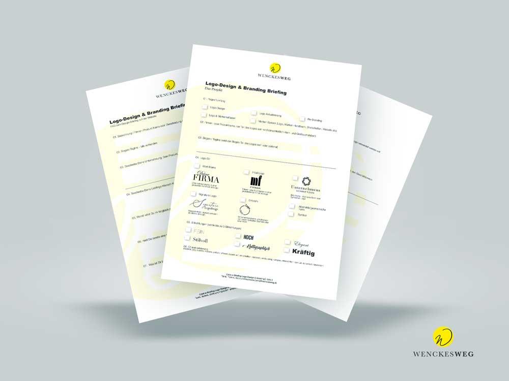 Drei übereinanderliegende Seiten zum Ausfüllen für Logo-Design und Branding Briefing